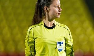 """""""Riterių"""" kineziterapeutė – UEFA moterų Čempionų lygos teisėja"""