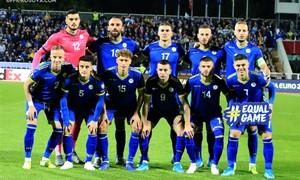 Kosovo rinktinė – jauna futbolo valstybė su futbolininkais iš pajėgių Europos lygų