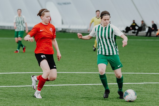 """Moterų A lygos 3 turas: """"Gintra"""" tapo vienvalde lydere, sostinės derbyje – įvartis per pridėtą laiką"""