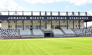 Šventė Jonavoje – moterų Baltijos taurės kovos vyks rekonstruotame miesto stadione
