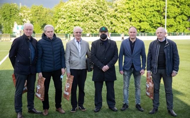 KAFF pagerbė keturis miesto ir apskrities futbolui nusipelniusius asmenis