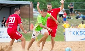 """Paplūdimio futbolo čempionato antrojo etapo nugalėtojai – """"Dembava"""" ir """"Aleksotas"""""""