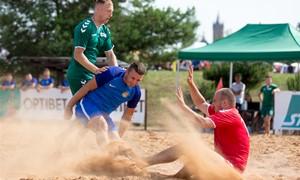 Šeštadienį Palangoje – kovos dėl STIKLITA Lietuvos paplūdimio futbolo taurės