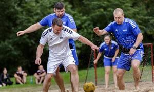 """Tradiciniu tapęs """"Mano profesija"""" turnyras subūrė futbolo entuziastus Kačerginėje"""