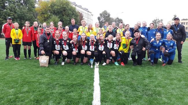 Prienuose surengtas mergaičių futbolo turnyras