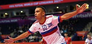 Rusams atstovaujantis kamuolio burtininkas Robinho iš tarptautinės arenos siekia išeiti su trenksmu