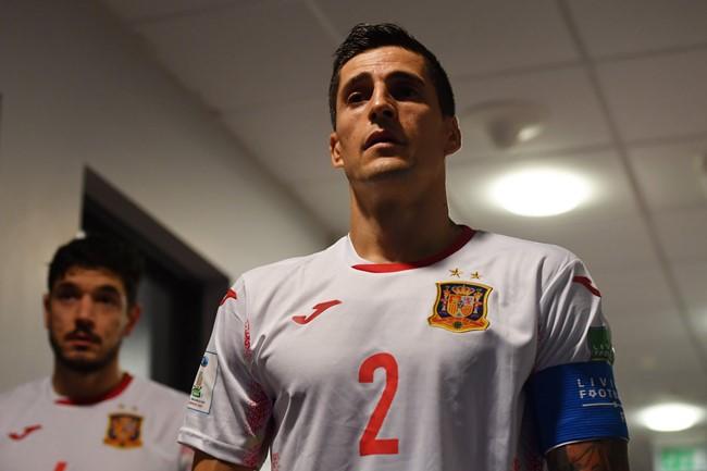 """Su ilgamečiu komandos draugu susitiksiantis ispanų kapitonas: """"Tikiuosi, kad Ricardinho nepasitaupė šioms rungtynėms"""""""