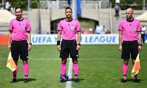 """UEFA Jaunimo lygoje teisėjavęs D. Rumšas: """"Kiekvienos rungtynės yra kaip iššūkis"""""""